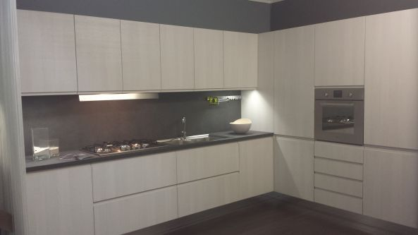 http://www.mobilidesignoccasioni.com/7-cucine/16-angolari/7704 ...
