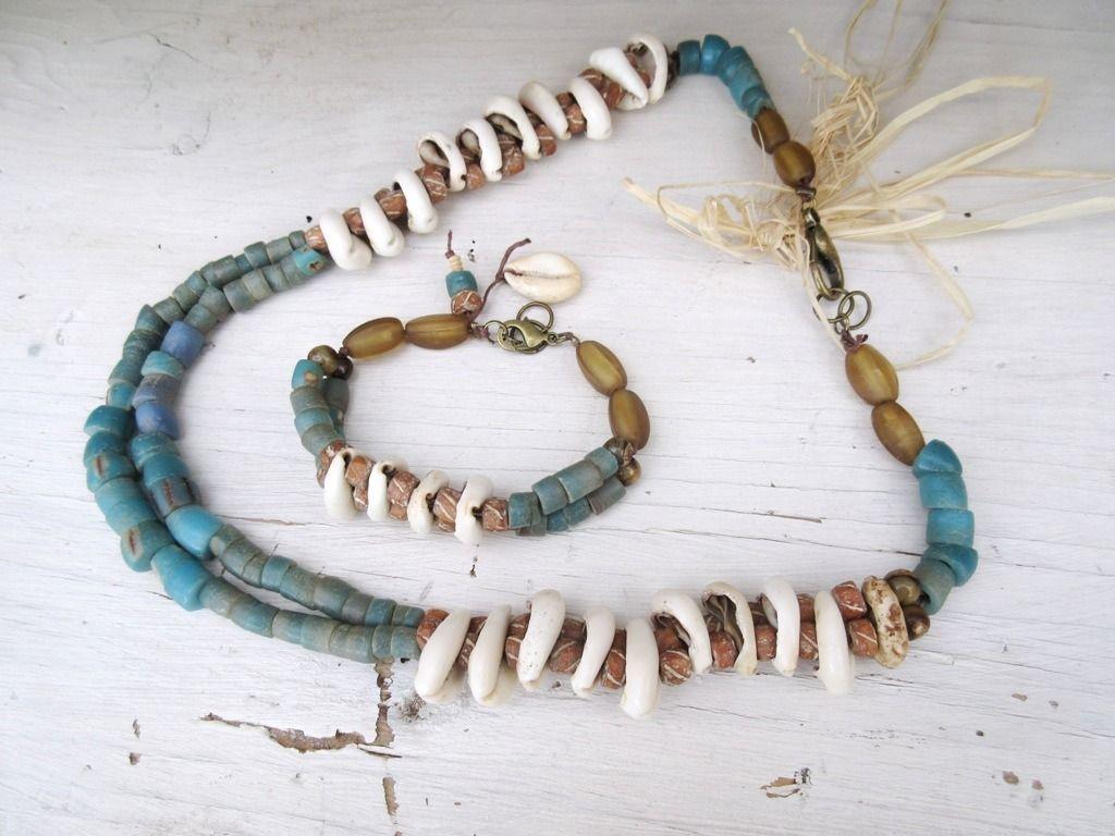 Des Notes De Liberté ....: Splendide parure collier et bracelet , de style ethnique primitif tribal : entre des cauris : Parure par les-reves-de-minsy