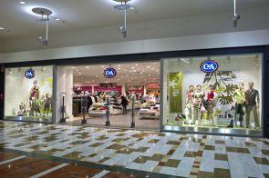 C - Portal de la Marina es una tienda de moda para jóvenes y mayores, moda que encontraran para cada ocasión y en todos los estilos, y así hacer la vida mas agradable a miles de clientes.