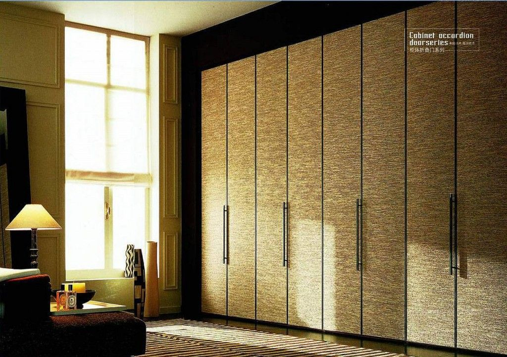 Folding Doors Long Low Handles