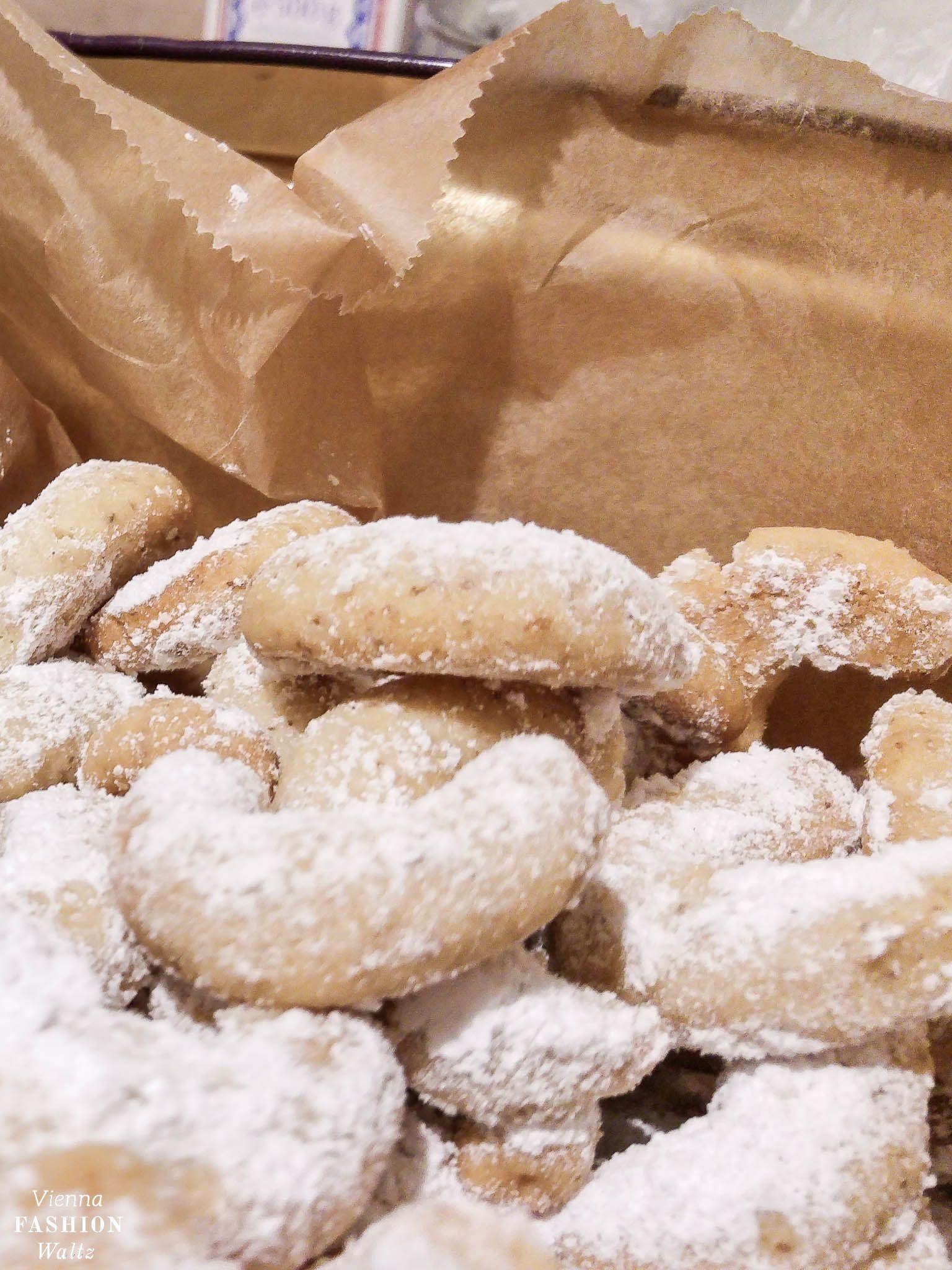 Vanillekipferl nach altbewährtem Rezept | Weihnachtskekse und Plätzchen