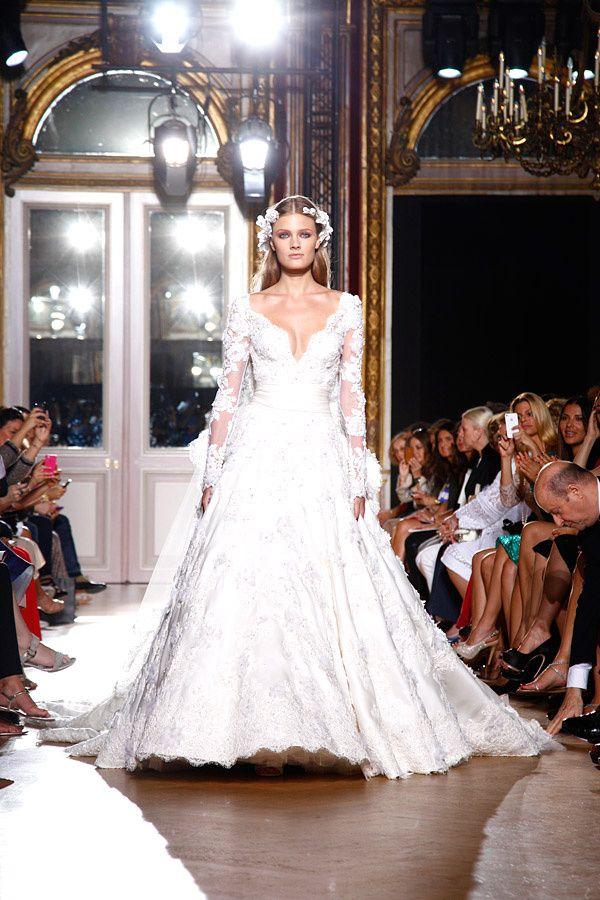 defc386947fd0 30 vestidos de novia que te haran suspirar Foto De Vestidos