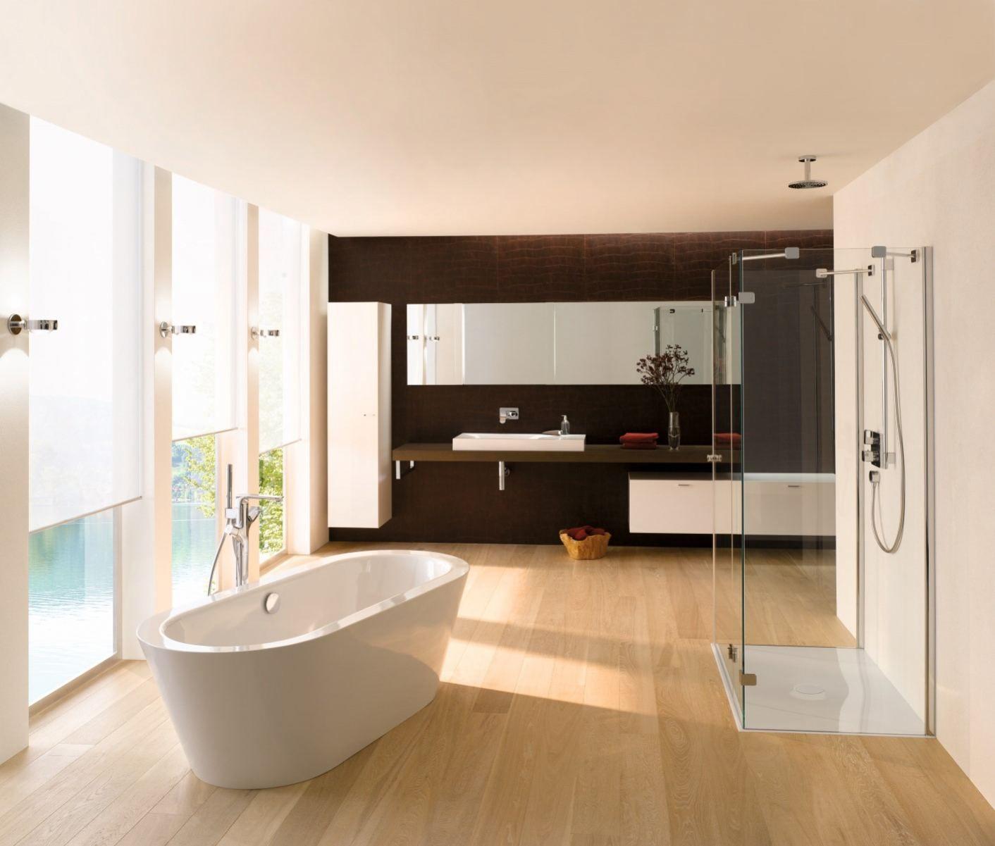 Oval badewanne im badezimmer freistehende ovalbadewanne mit konischer fugenlos angeformter - Badezimmer fugenlos ...