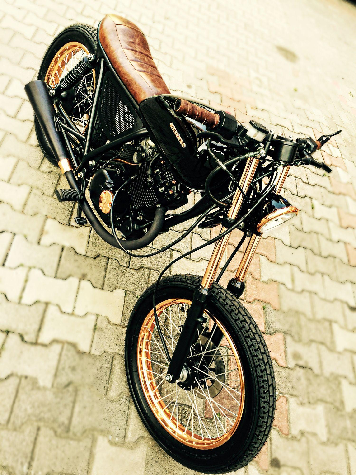 Pin de Marco en Cafe Racer   Pinterest   Motocicleta, Motos 125 y Café