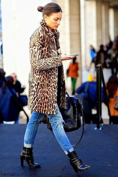 Leopard print coat, denim jeans and black boots for winter street style. #leopard #coat