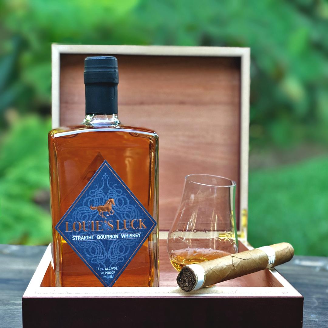 bourbon whiskey cigar ryewhiskey Cocktails