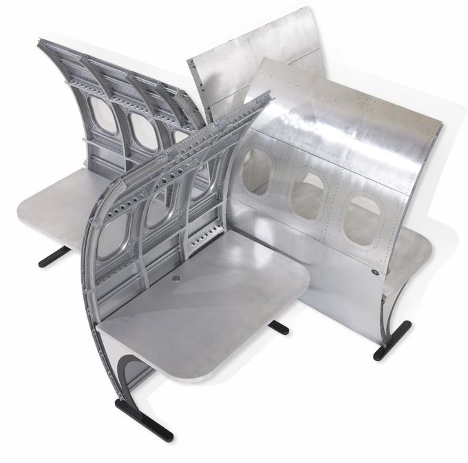 interesting workstation option fuselage desk by motoart rh pinterest com
