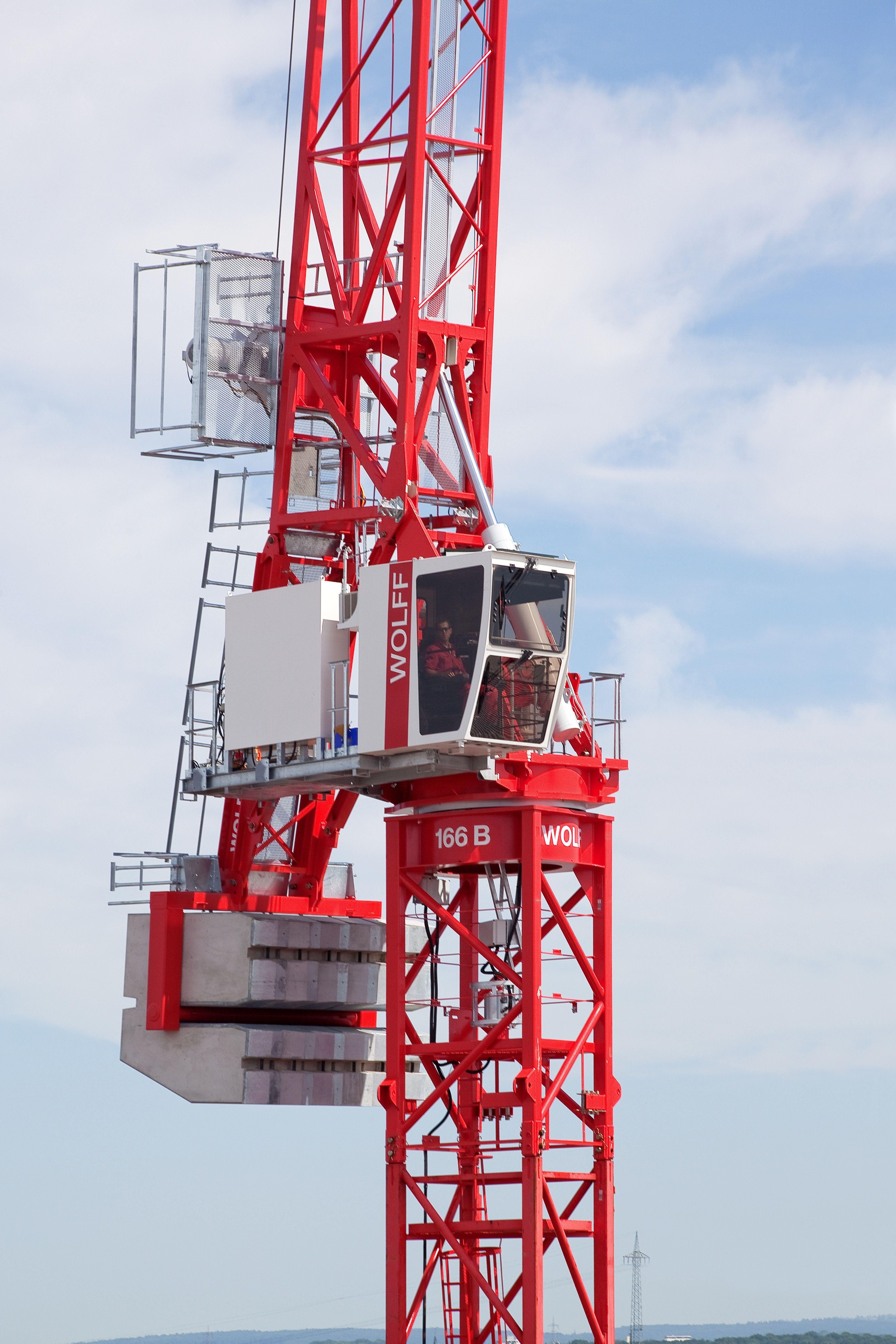 Tower Crane Fails : Wolff b wolffkran bringt mit dem einen
