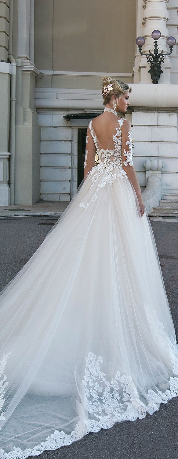 Alessandra Rinaudo 2017 Collection wedding dress. PERFECT. THIS IS ...