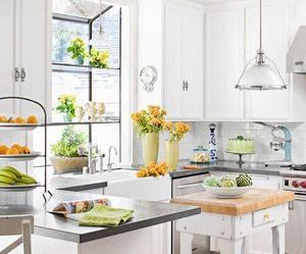 45 Cool Garden Window Decorating Ideas In 2020 Garden Windows Window Decor Kitchen Plants