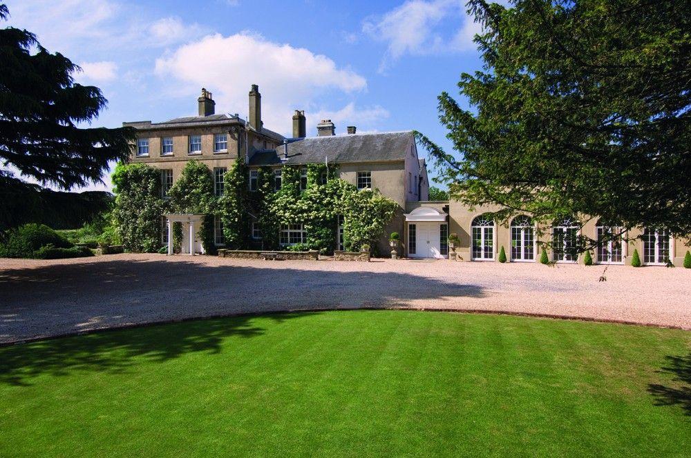 wedding reception at home ideas uk%0A Northbrook Park  UK Wedding Venue in Surrey  Hampshire Wedding Venues