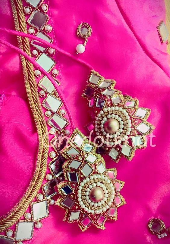 Pin by manju priya on aari work in blouse designs embroidery also rh pinterest