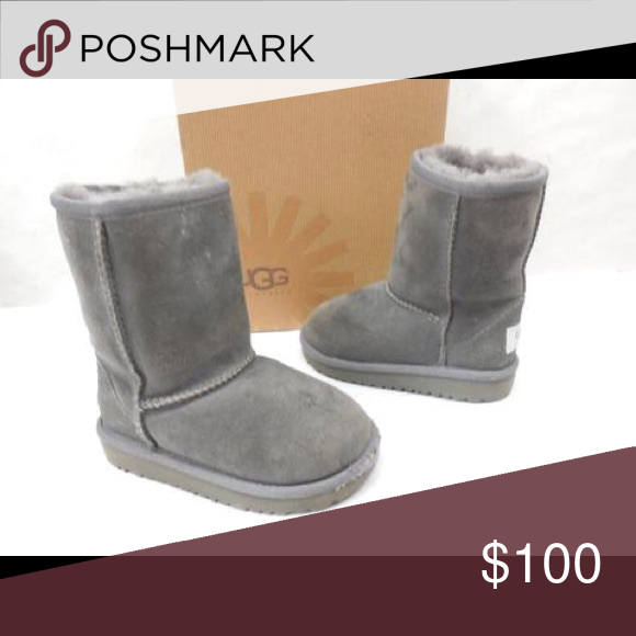 UGG AUSTRALIA 5251 TODDLERS SUEDE CLASSIC BOOTS 8 UGG AUSTRALIA 5251 TODDLERS GRAY SUEDE CLASSIC BOOTS SIZE 8 UGG Shoes Boots
