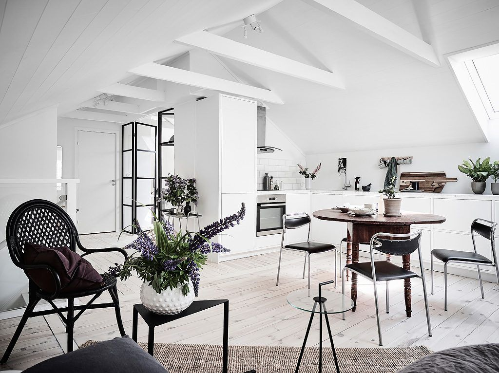 A Bright Scandinavian Apartment With A Dreamy
