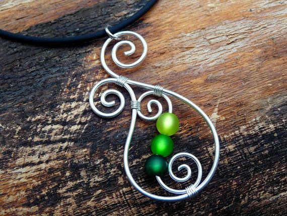 Necklace - Aotearoa - with Polarisbeads GREEN New Zealand Koru wire ...
