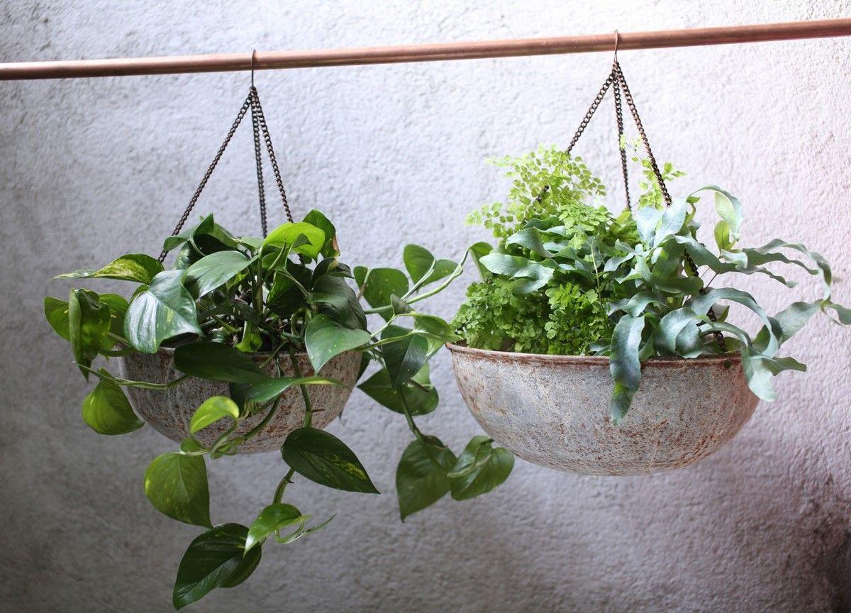 ABARI ROUND HANGING PLANTER These Abari planters