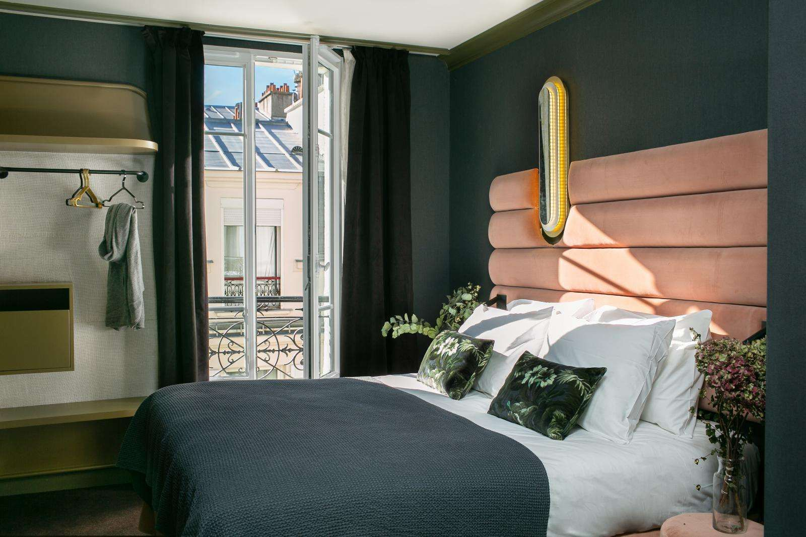 la planque hotel bed room in 2019 paris hotels hotel lobby design rh pinterest com