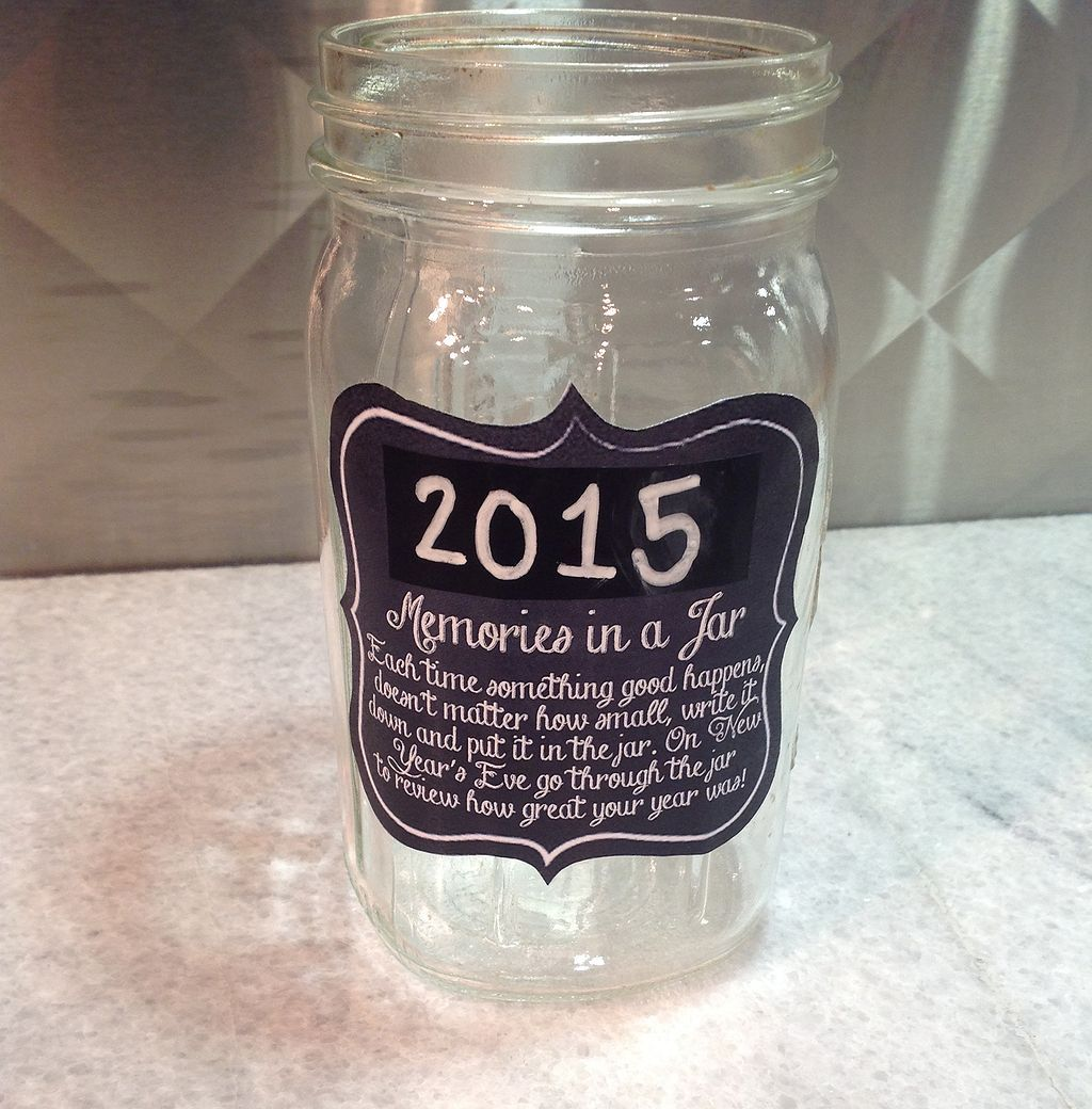 20 Top DIY Memory Jar Ideas to