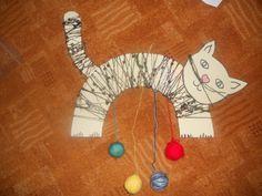 Kočička z kartonu - namotaná vlna + klubíčka