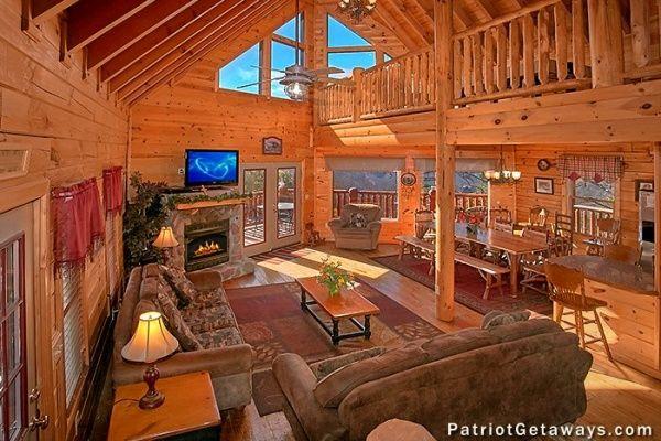 Peachy Tennessee Dreamer Luxury 5 Bedroom Pigeon Forge Cabin Interior Design Ideas Clesiryabchikinfo
