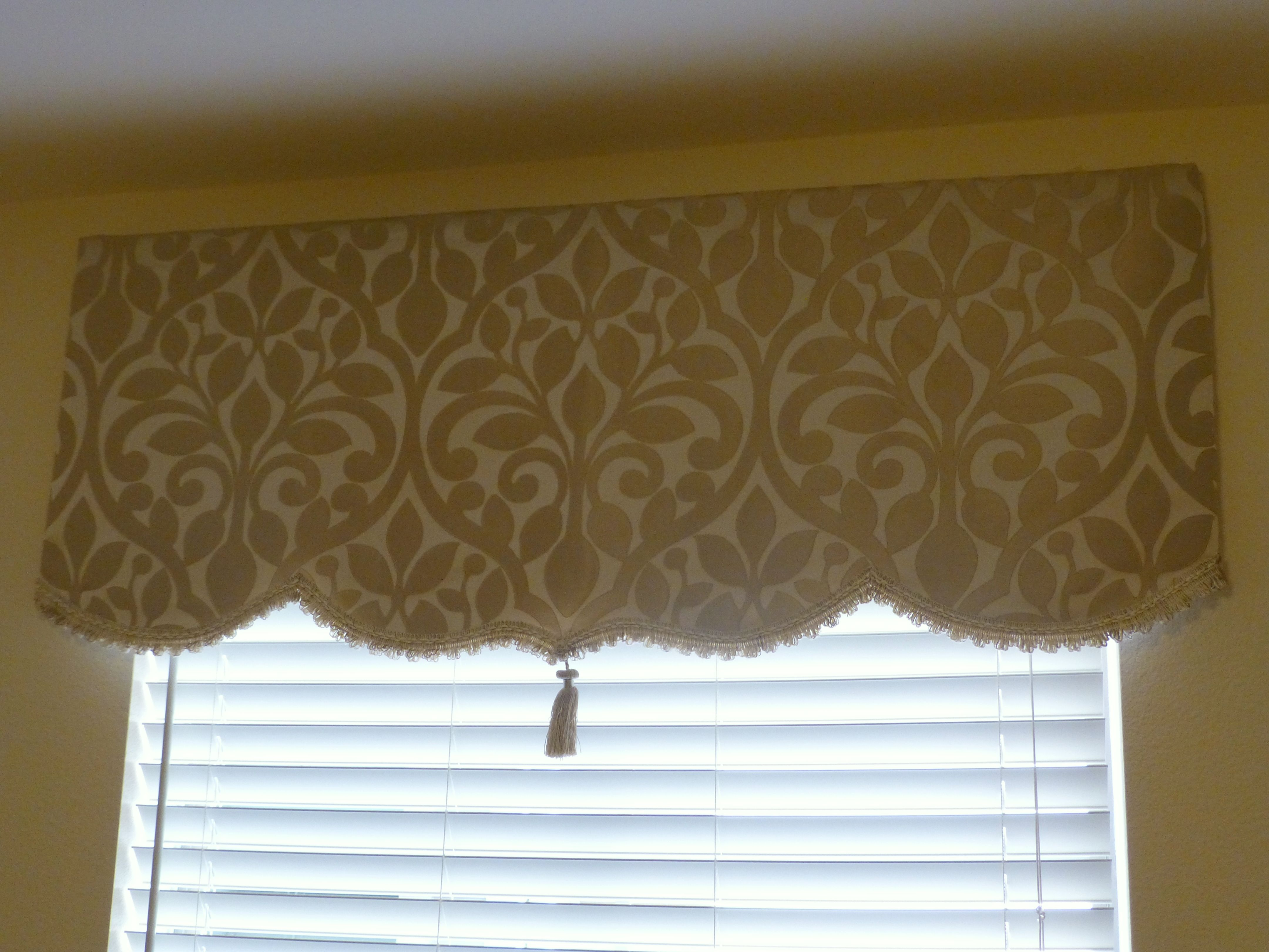 No Sew Simple Dyi Soft Cornice Valance With Trim And