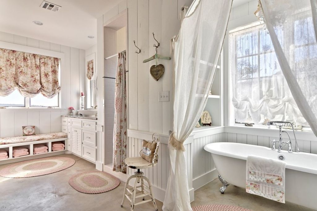 Shabby chic bathroom for the home in