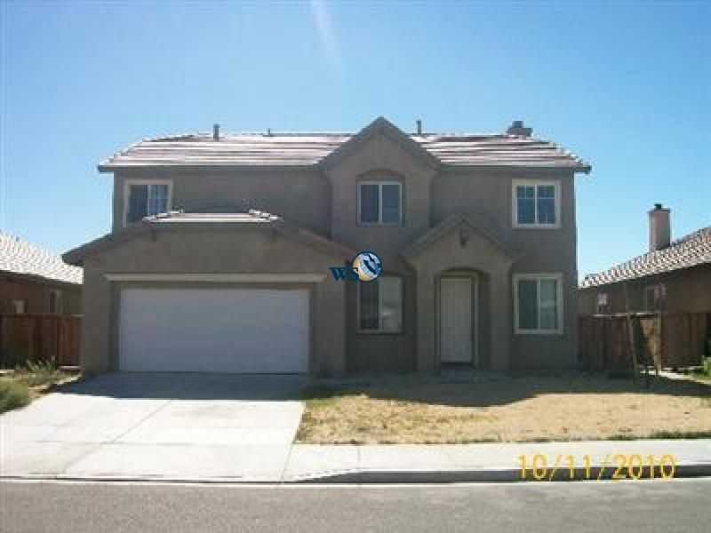 Rent Lease Large Two Story Home In Great Location Victorville Two Story Homes Home Big Houses