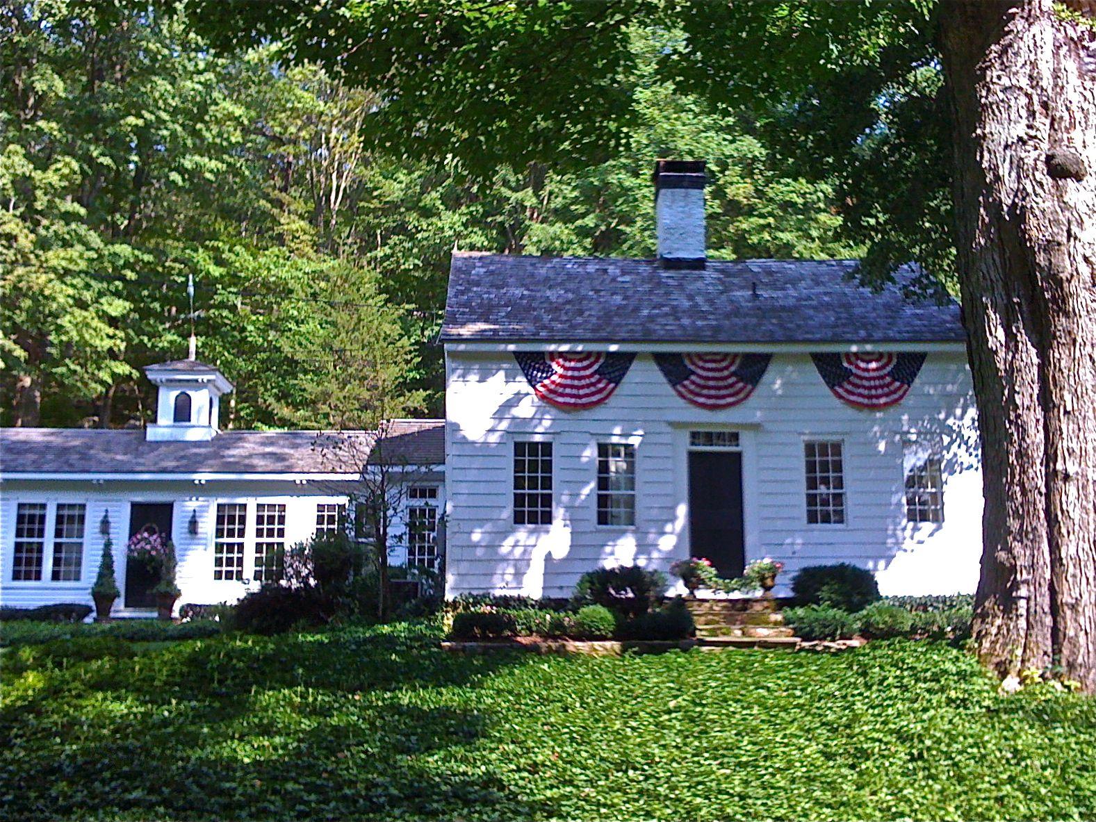 Homemaker2words Com Saltbox Houses Colonial House New England Homes
