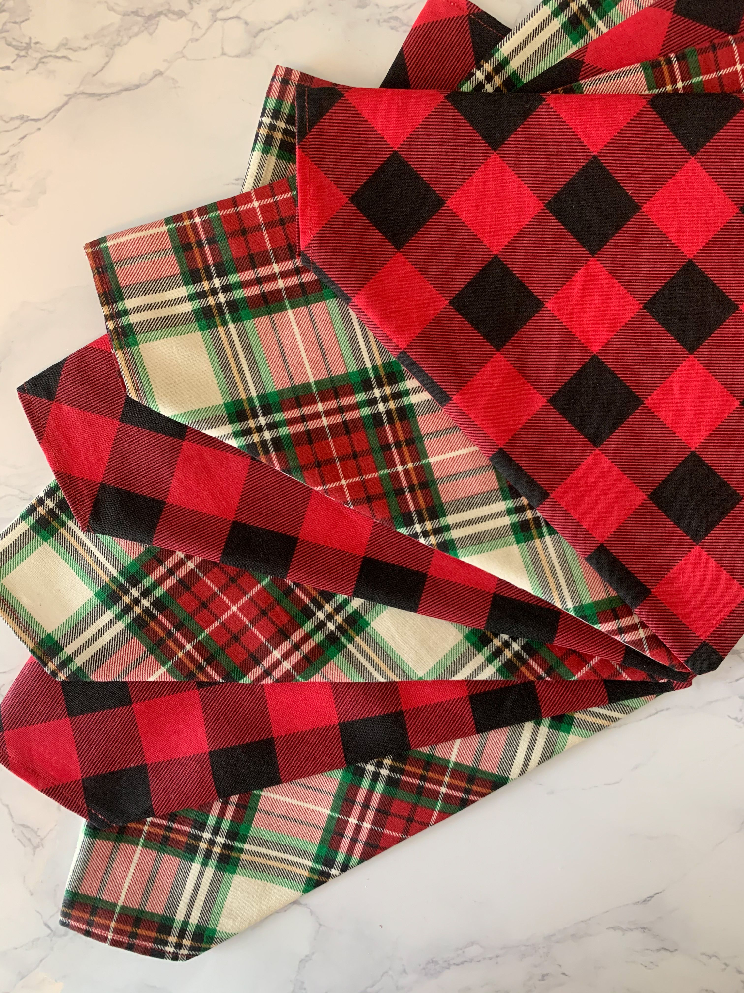 The perfect christmas plaid for your dog to be feeling and looking festive this holiday season! Each bandana fits right over the dog's collar, making it safe and easy to wear. Be sure to check out the rest of the holiday collection at Sit Stay Bay! #sitstaybay #dogbandanas #buffaloplaid #christmasplaid #christmasdog #merrychristmas #christmasshopping #dogsfirstchristmas #buffalocheck #buffaloplaidchristmas #buffaloplaiddog #giftsfordogs #dogmusthaves #etsyfinds #shopsmall #dogplaid