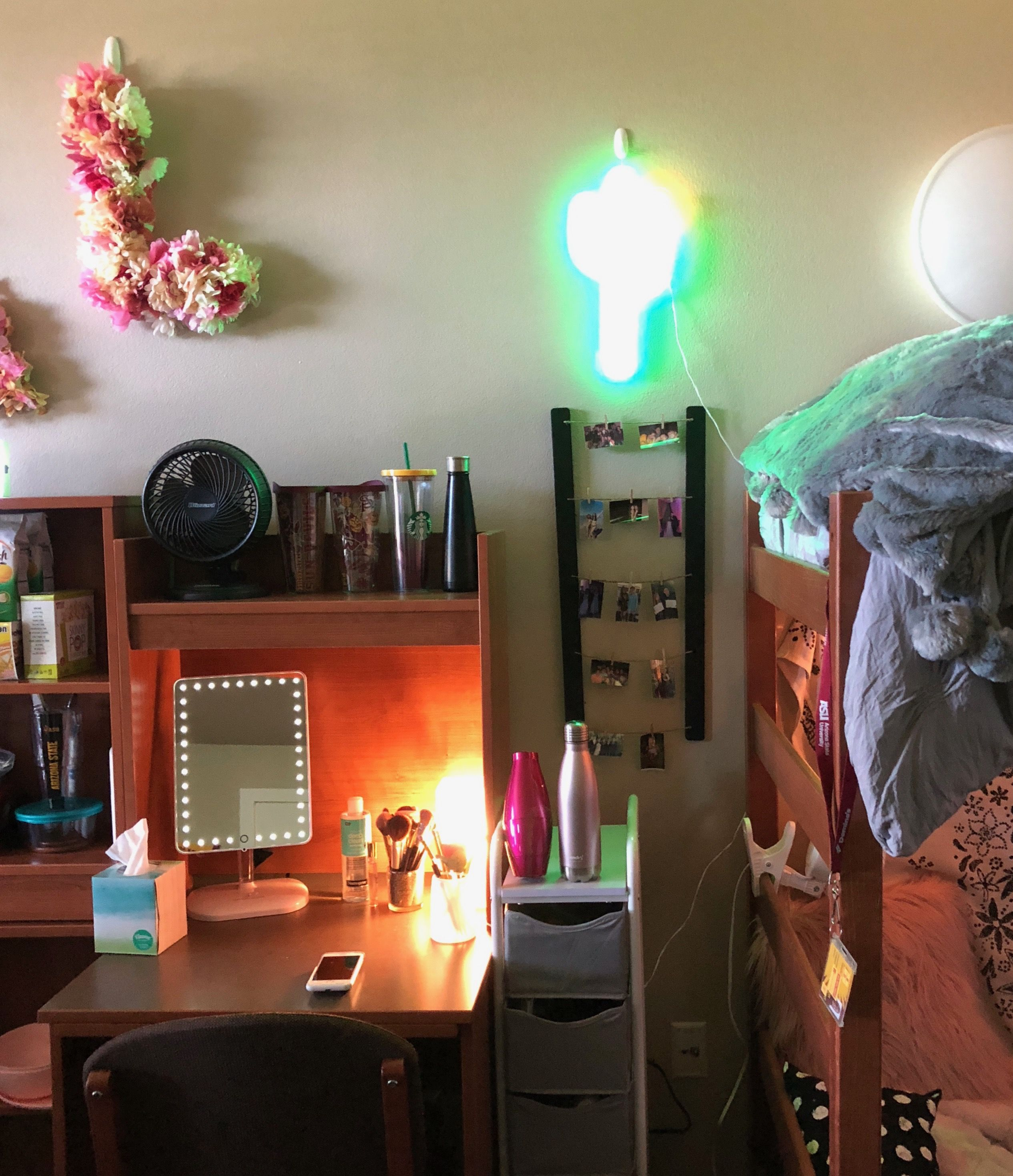 desk doubles as a make up vanity lighted vanity mirror and rolling rh pinterest com