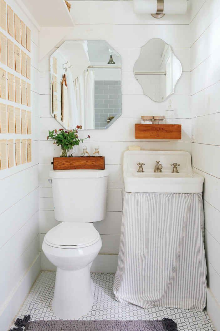 bathroom small space design%0A    Clever Tiny Apartments That Are So Freaking Inspiring