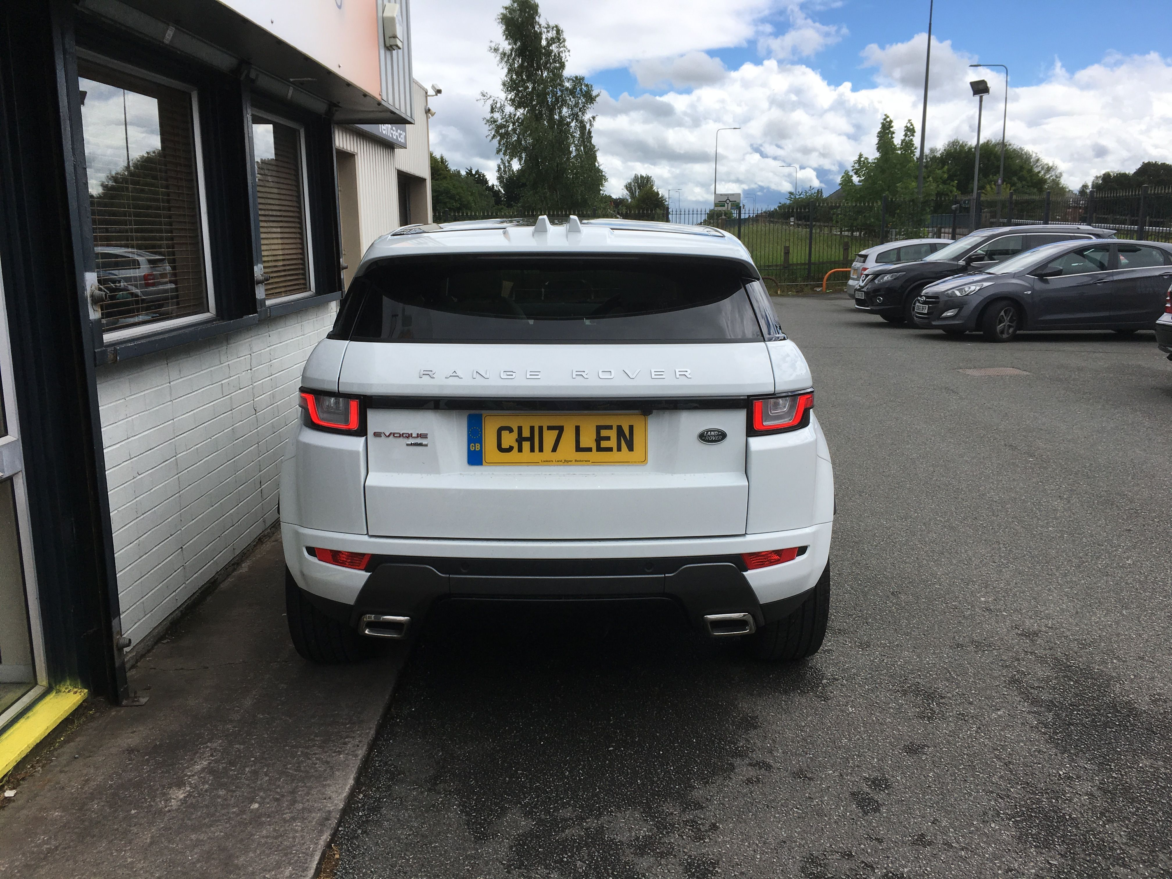 the range rover evoque carleasing deal one of the many cars and rh pinterest com mx