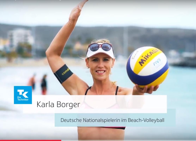 Der Flatteraufschlag Float Service Beim Flatteraufschlag Wird Der Ball Im Gegensatz Zum Top Spin Aufschl Beach Volleyball Deutsche Nationalspieler Volleyball