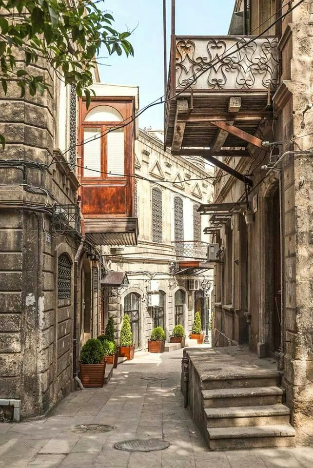 Icheri Sheher//Old City or Inner City is the historical core of Baku, the capital of Azerbaijan. The Old City is the ... One of the gates of İcheri Sheher. It is widely accepted that the Old City, including its Maiden Tower, date at least to the 12th century