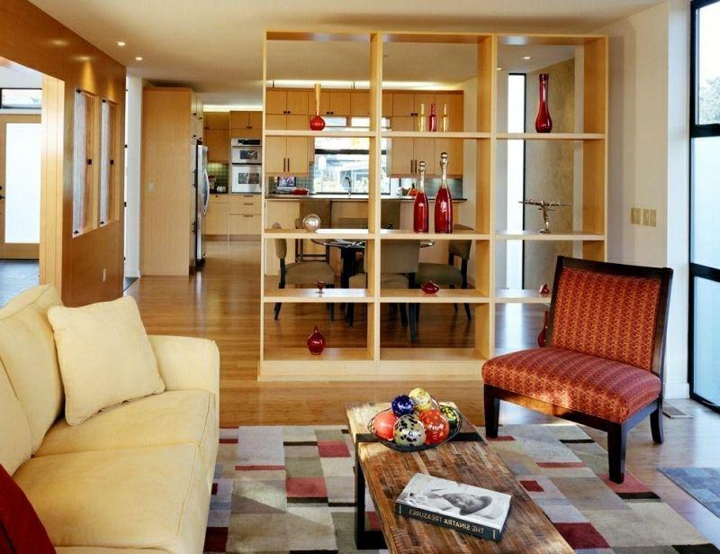 Wohnzimmer Mit Offener Küche Regal Als Raumteiler Erdfarben