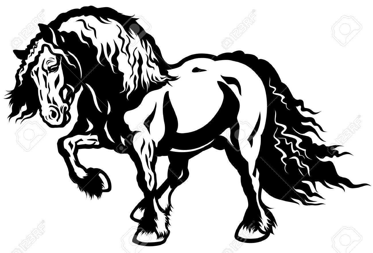 Zonsondergang In De Zomer Veld Horse Silhouette Horses Draft Horses [ 880 x 1300 Pixel ]