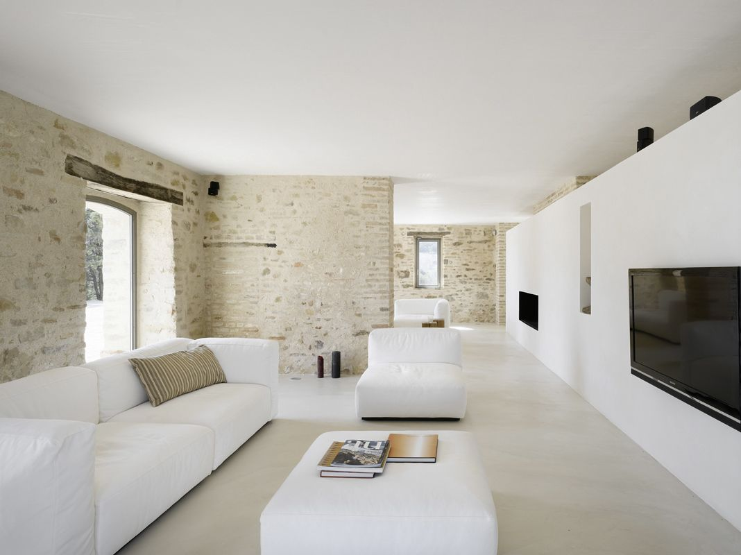 And the white furniture and creme rug