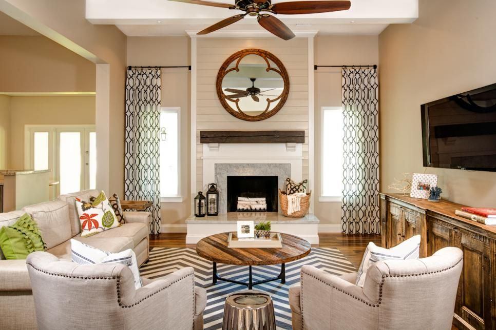 Living room inspiration This family room uses