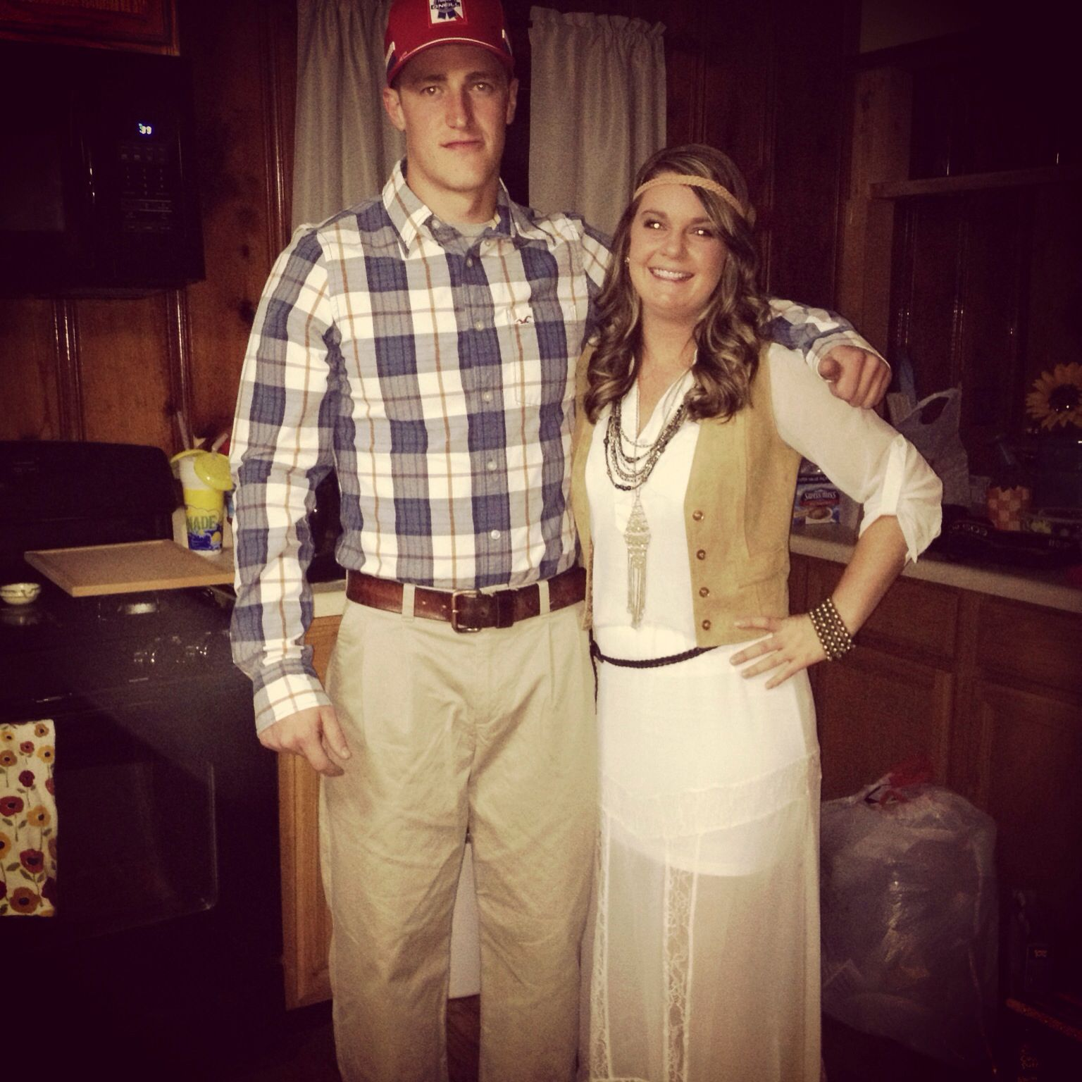 Jenny and Forrest Gump costume. | DIY Heaven | Pinterest | Forrest ...