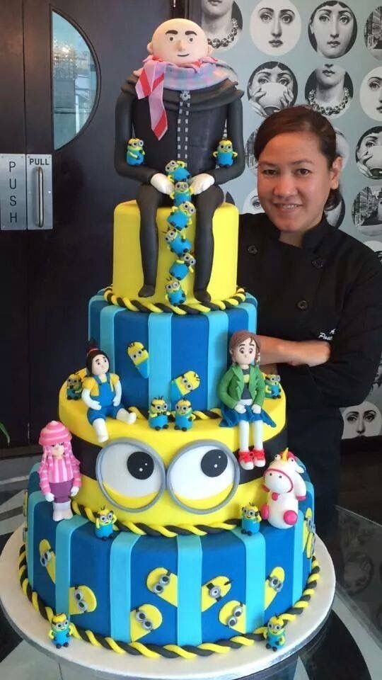Despicable Me Cake With Images Fondant Cakes Cake Creations