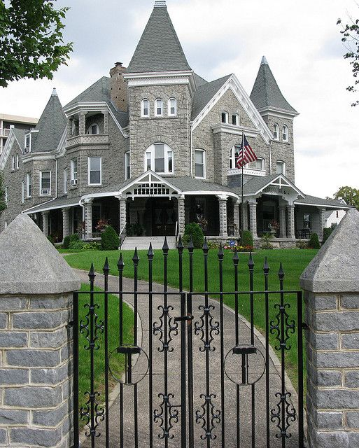 Thomas Mansion by jefg99, via Flickr---David Thomas mansion at 2nd & Pine Streets in Catasauqua, Pa. Built in 1856, the Thomas family owned the Thomas Iron Works.
