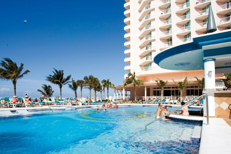 Hotel Riu Palace Paradise Island 5* All Inclusive | Best Vacations