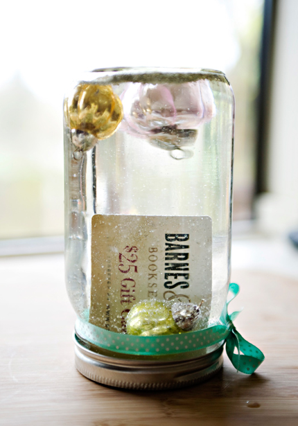 5 creative ways to wrap gift cards gift wrapping pinterest