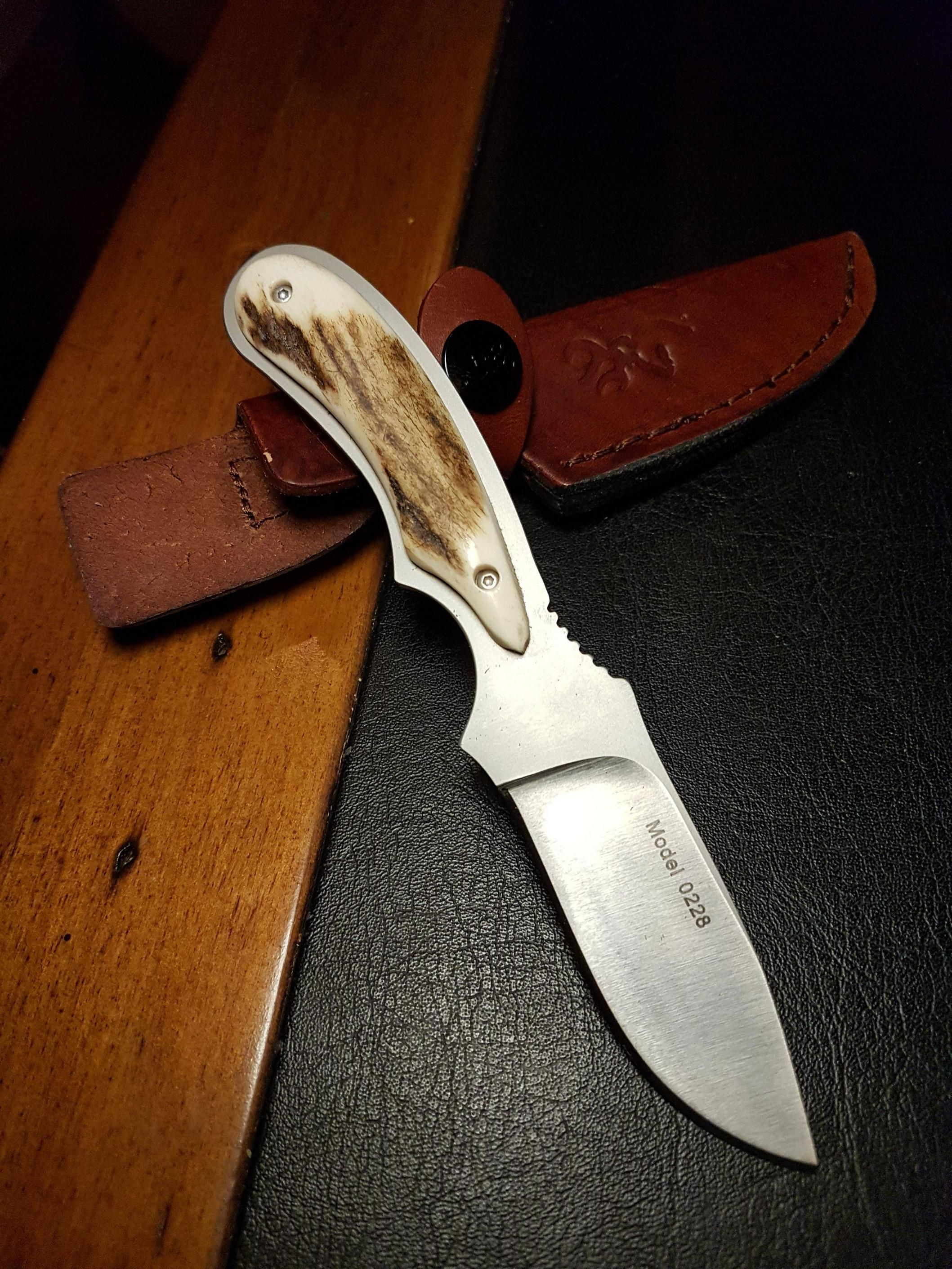 10 Best Hunting Knives Critically Reviewed In 2020 Knife Knife Making Best Hunting Knives
