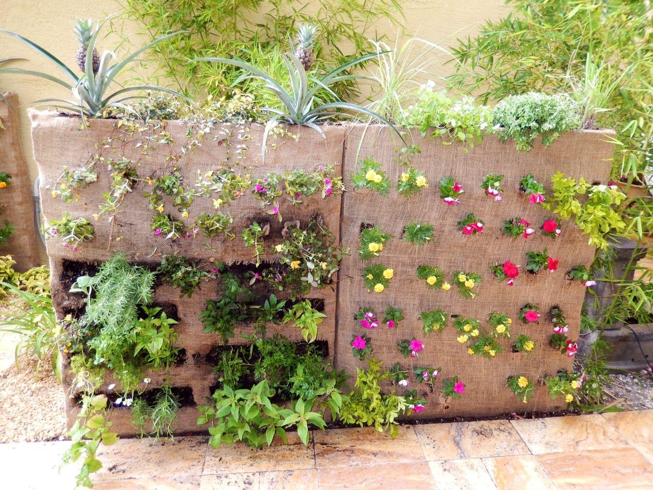 diy vertical garden diy projects pinterest. Black Bedroom Furniture Sets. Home Design Ideas