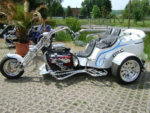 trike v8 power 3 sitzer pictures