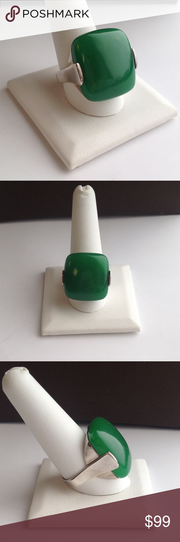Green Stone Sterling Silver Ring Like new sterling silver ring with green stone. SKU: RS9756 Jewelry Rings