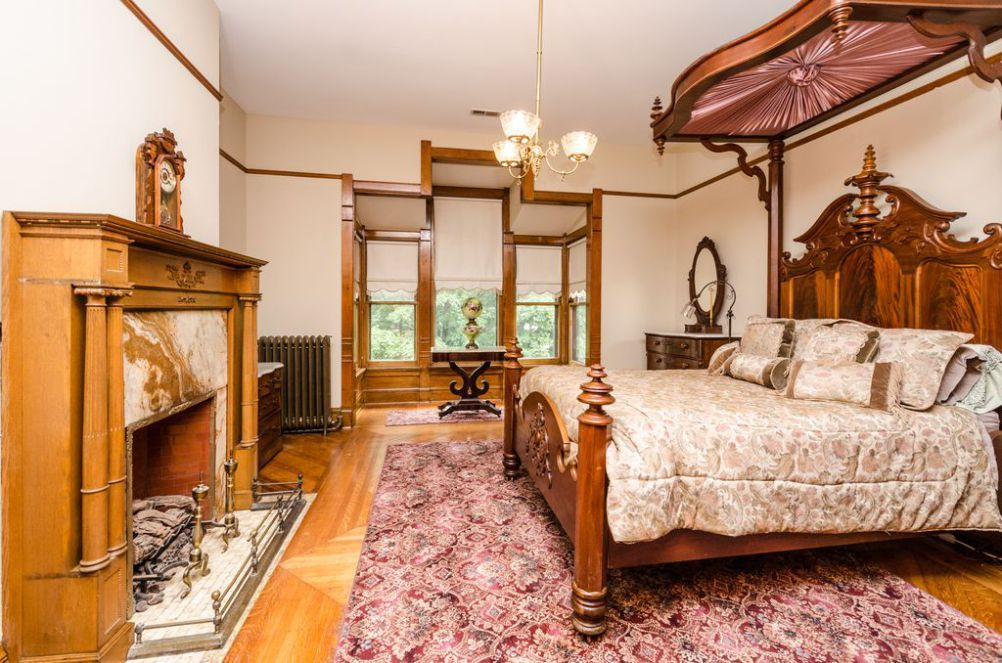 1876 folk victorian for sale in indianapolis indiana victorian rh pinterest com