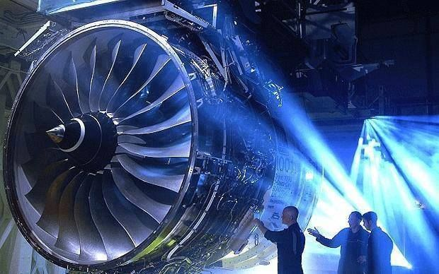 Turbofan engine aircraft maintenance something needs fixing rolls royce trent 1000 rolls - Jet engine wallpaper ...
