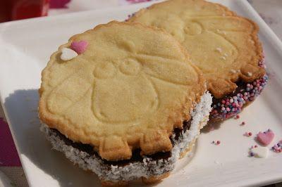 Afternoon Tea: P'tit mouton au chocolat en sandwich glacé